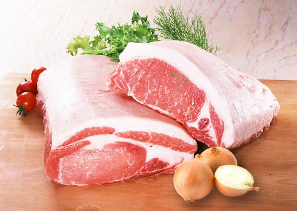 Как хранить мясо, колбасы и сыр